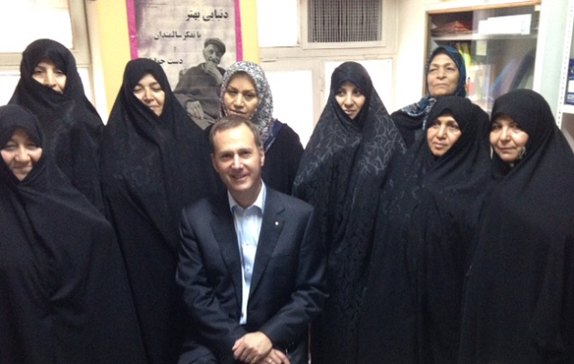 Only black hejab was worn when Michael Kidd visited Iran 2015 - but as Michael often experienced, there were demands for photos with the WONCA president.